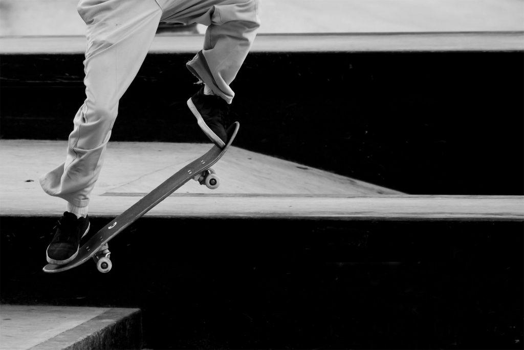 skate_bw